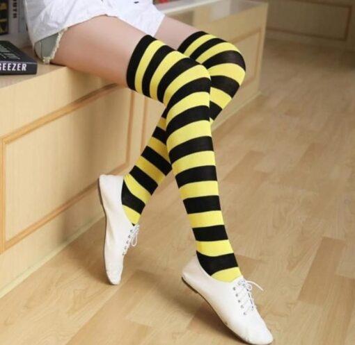 جوراب ساق بلند راه راه درشت زرد و مشکی